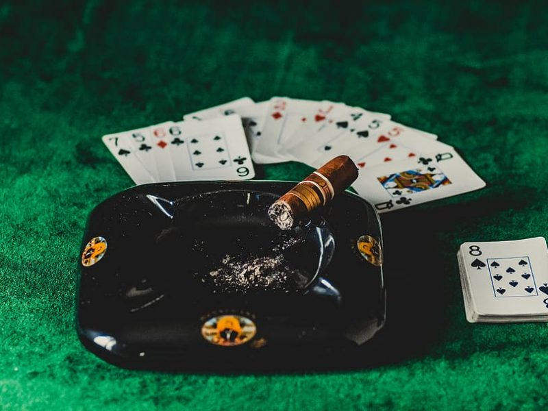 These Hacks Will Make You(r) Online Casino (Look) Like A pro